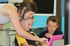 Teacher Jessie Cairns is helping students make a film about town life. ABC News: Nicola Gage