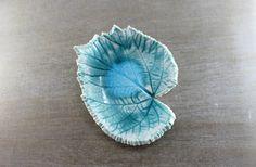 Art végétal, Art Minéral, Porcelaine turquoise, Rangement entrée, Poterie fait main, Cadeau fait main, Vide poche, Décoration précieuse