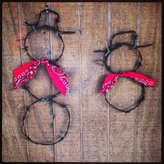 BarbWire snowmen by KadysKustomKrafts on Etsy, $10.00