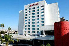 Hotel Marriott, Tijuana - A 20 min del aeropuerto y 10 min de la frontera norteamericana.