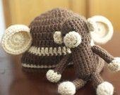 Monkey ami and matching hat!