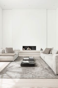 Minimalist Decor By Jen Alkema Luxury Homes Interior, Home Interior Design, Interior Architecture, Interior Modern, Minimalist Interior, Minimalist Decor, Living Room Interior, Living Room Decor, Home Remodeling Diy