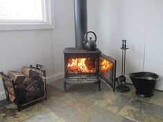 Installing a Wood-Burning Stove Temporarily for Emergency Heat - Survival, Prepping, Homesteading Skills For Everyday Folk