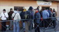 Vino y girasoles...: El gobierno español se preocupa por 200.000 españo...