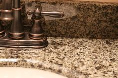 This is so simple and it works! How to remove water stains and hard water deposits safely from granite. #Cleaning #TheHowToHome #Homemaking #Kitchen #Granite #Tips Remove Water Stains, Hard Water Stains, Lime Scale Remover, Cleaning Granite Countertops, How To Clean Granite, Bathroom Cleaning, Natural Cleaning Products, Homemaking, Housekeeping