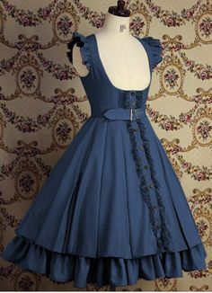 Love the ruffles; I'd see this as an Alice in Wonderland costume!