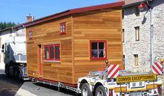 Tiny House, Garage Doors, Outdoor Decor, Furniture, Concept, Home Decor, Tiny Houses, Small Homes, Decoration Home
