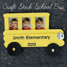 School bus en bâtonnets de glace.