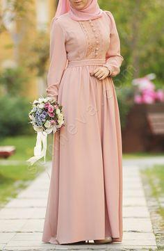 Dilbeste Dantel Elbise - Pudra Modern Hijab Fashion, Islamic Fashion, Abaya Fashion, Muslim Fashion, Modest Fashion, Fashion Dresses, Modest Dresses, Elegant Dresses, Pretty Dresses