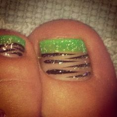 Zebra Pedicure - maybe in green. | See more at http://www.nailsss.com/...