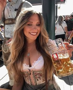 Gorgeous Girls From Oktoberfest, The Most Famous Beer Festival - Arthusiast Octoberfest Girls, Oktoberfest Beer, German Beer Festival, Beer Maid, Dirndl Dress, Beer Girl, German Girls, German Women, Pin Up