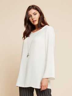 a95d6b55c28 Elenamiro  Tunic in cady with necklace White 1 Кофточки Большого Размера