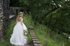 The ULTIMATE BRIDAL GIVEAWAY! - Win a bridal package valued at over $1200 - www.paisleylaynephotography.com