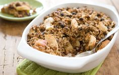 5 STARS: Apple Cranberry Muesli Crisp-I adjusted the recipe some but it was really yummy! Muesli, Granola, Apple Recipes, Sweet Recipes, Whole Food Recipes, Vegan Dessert Recipes, Brunch Recipes, Breakfast Recipes, Raw Recipes