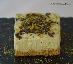 Cheesecake vegan al pistacchio senza cottura