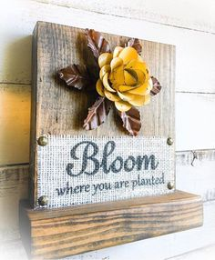 Your place to buy and sell all things handmade Wood Log Crafts, Burlap Crafts, Wooden Projects, Burlap Signs, Wood Signs, Wood Staining Techniques, Couture Ideas, Christmas Coasters, Spring Decorations