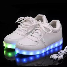 Zapatillas luminosas de alta calidad talla Eur 27-42 7 colores para niños df9ae4692b0