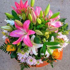 Ramos de flores para regalar por el nacimiento de un bebé