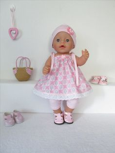 Doll clothes Crochet Baby Born - Doll clothes Crochet Baby Born Informations About Poppenkleertjes Haken Baby Born Pin You can easily - Knitting Dolls Clothes, Sewing Dolls, Doll Clothes Patterns, Baby Born Clothes, Bitty Baby Clothes, Baby Knitting, Crochet Baby, Girl Dolls, Baby Dolls