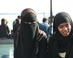 niqabi sisters - a gallery on Flickr