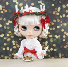 Saint Lucia's Day Outfit for Blythe with Gown, Sash, Crown of Candles & Lussekatter