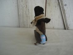 Lil' Crow's Easter Primitive Rustic Crow by YorkiesPrimitives, $12.95 SOLD)