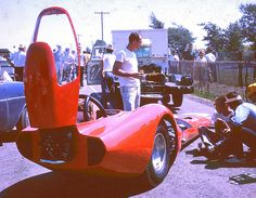 Bodied early dragster - 1963 - 1970 - Attempting to use aerodynamics to be quicker and faster