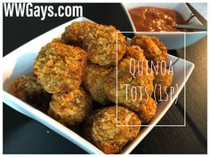 In this video we make 1 point quinoa tots! This amazing appetizer is delicious and so filling. Served with a 0 point marinara sauce, you will have your guest. Appetizer Dips, Yummy Appetizers, Weight Watchers Diet, Mini Muffins, Marinara Sauce, How To Cook Quinoa, Ww Recipes, Recipe Today, The Help