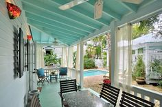 """Key West Rentals - 1BR 1BA - Sleeps 2-4 Duval Street Hidden pool and courtyard. 2 min. walk to South Beach. Perfect couples retreat. Vintage Luxury Cottage - An elegant Cottage with Private Heated Pool. """"Best Kept Key West Secret."""""""
