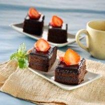 CAKE DOBEL COKELAT http://www.sajiansedap.com/mobile/detail/13542/cake-dobel-cokelat