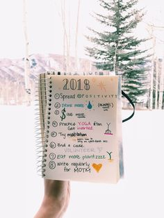 Advice, Wellness   5 Things We Should All Leave in 2017  new year's resolutions goals  Pinned from MEZONTHEMOVE blog