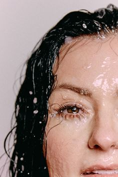 Great Tips For A Successful Skin Care Regimen - Eco Beauty Look Best Face Wash, Girl In Water, Face Photography, Natural Beauty Tips, Portrait Inspiration, Best Face Products, Beauty Skin, Beauty Care, Beauty Makeup