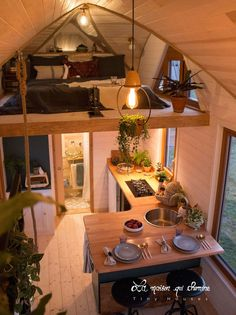Tiny House Loft, Modern Tiny House, Tiny House Living, Tiny House Plans, Tiny House Design, Tiny Home Floor Plans, Guest House Shed, Tiny Loft, Best Tiny House