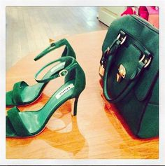 rooi rose Instagram - Shoes + Bag | Skoene + handsak #shoes #bags #fashion #accessories #green