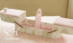 新作ローラアシュレイでピンクスライドボックス の画像|ふんわりかわいいカルトナージュ