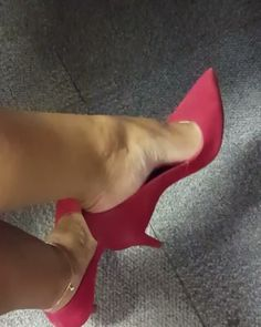 @feeteverywhere — @luciana_pfc #footmodel #feetnation #prettyfeet...