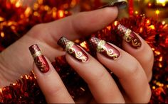 Christmas is almost here guys and this means it's time for festive Christmas nail ideas! You may not be able to replicate these nail looks yourself, but take any of these ideas to your local nail bar and they'll be able to replicate it down to a tee! Festive Christmas Nail Ideas #1. #2. #3.… Read More »