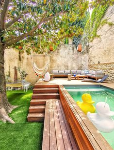 Small Backyard Design, Backyard Pool Designs, Small Backyard Landscaping, Backyard Ideas, Small Pool Backyard, Pool With Deck, Small Garden With Pool Ideas, Outdoor Pool, Back Yard Design
