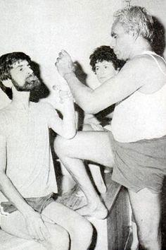 1978: BKS Iyengar teaching yoga in India .... #bksiyengar #iyengar #vintageyoga #yogahistory #yoga #om #yogaguru #yogafounder #yogastar
