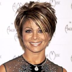 Paula Abdul - love this cut and color