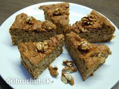 Fotorecept: Bezlepkový orechový koláč z 3 ingrediencií