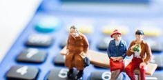 """""""Życie albo przeżycie, czyli Polak na emeryturze"""".   Polacy widzą potrzebę odkładania na emeryturę, lecz brakuje do tego narzędzi; trzeba uświadamiać ludziom, że o wiele bardziej opłaca się oszczędzać nawet małe kwoty ale bardzo długo, niż nieco większe - krócej - wynika z debaty PAP """"Życie albo przeżycie, czyli Polak na emeryturze"""""""