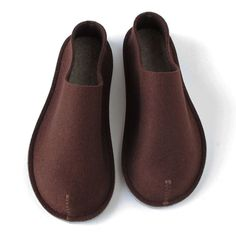 "Felt slippers - what caught my eye is ""warm in the winter and cool in the summer"""