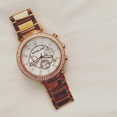 Michael Kors Chronograph + Parker Blush Watch Parker blush and rose gold Michael Kors watch is a perfect addition to your collection : 5 star rated, and absolutely stunning ! In perfect condition with only a few stones missing. Happy Shopping ❣ Michael Kors Accessories Watches