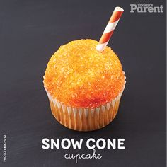 Cupcake decorating ideas: Snow cone - Today's Parent Snow Cone Cupcakes, Cupcake Cones, Cupcake Toppers, Summer Themed Cupcakes, Yummy Cupcakes, Todays Parent, Cute Snacks, Snow Cones, Cake Decorating