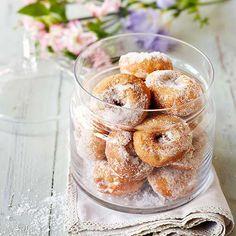 Gluteenittomat munkit - Reseptejä Candy Cookies, Fodmap, Doughnut, Gluten Free, Vegetarian, Sweets, Baking, Desserts, Clock