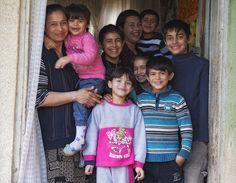 Puținul suficient pentru a ține un copil în familie. Interviu cu Ștefan Dărăbuș