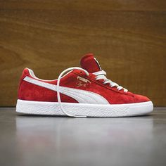 Puma Clyde: Barbados Cherry/White