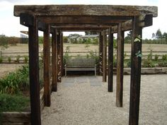 railway sleeper pergola - Google Search Más