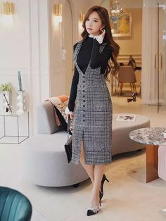 Original Brand Faldas Mujer Fashion 2018 Autumn Winter Ladies Plaid Gray Long … Check more … - pregnant Fashion 2018, Women's Fashion Dresses, Hijab Fashion, Korean Fashion, Casual Dresses, Mode Outfits, Skirt Outfits, Suspender Dress, Long Skirts For Women